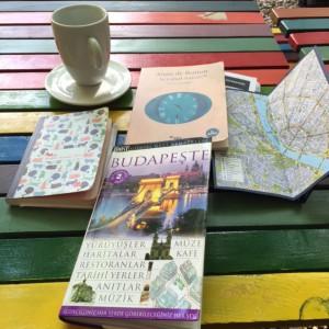 Gerçekten rehber kitapları seyahat gözümüzü mü köreltiyorlar acaba?